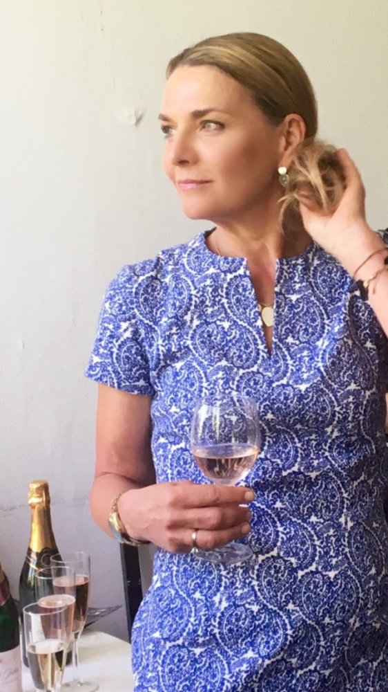Chef and writer Monika Ahlberg is nicely dressed in Camilla Thulin Design.