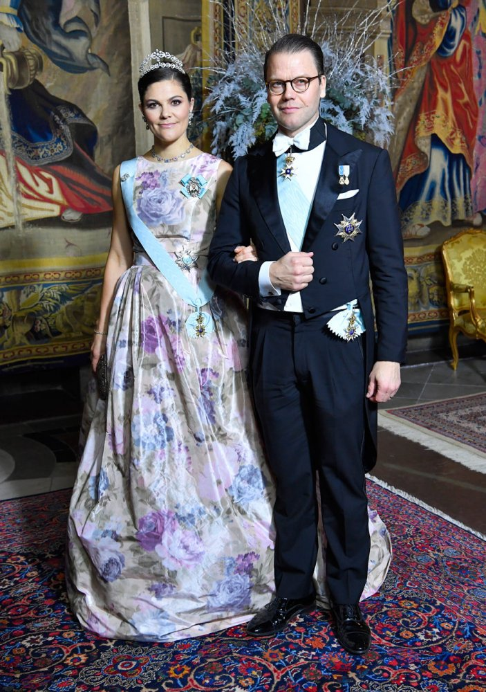Crown Princess Victoria wore studio made Camilla Thulin dress at the King's annual dinner for the Nobel Prize winners 2017